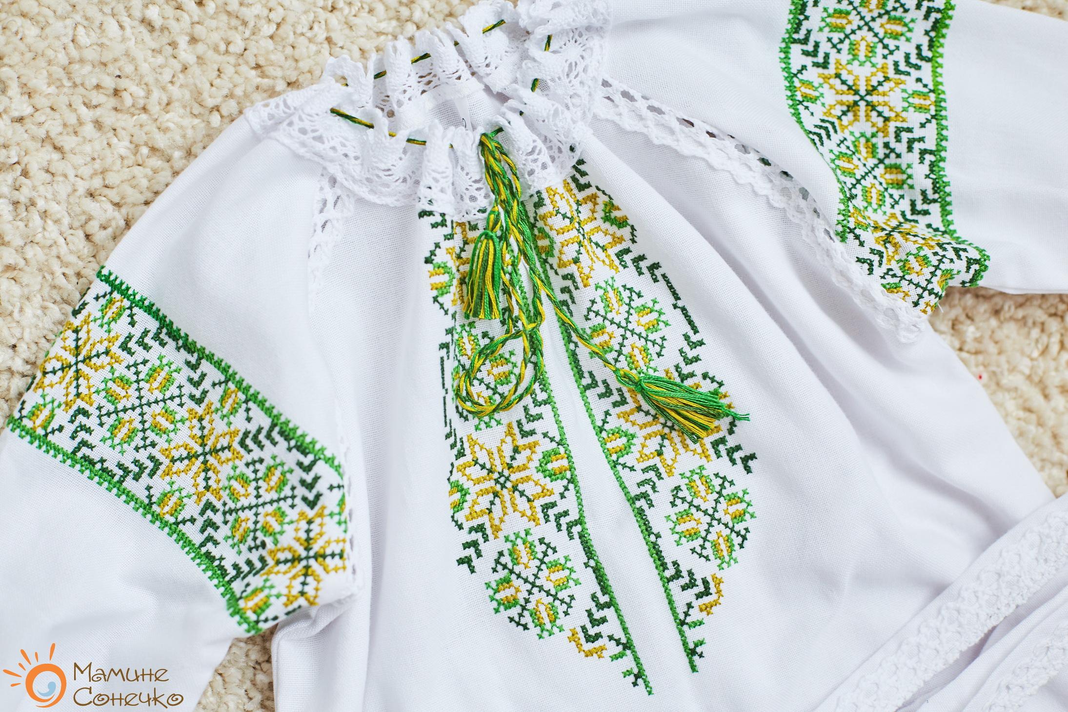 вишите плаття на хрестини для дівчинки