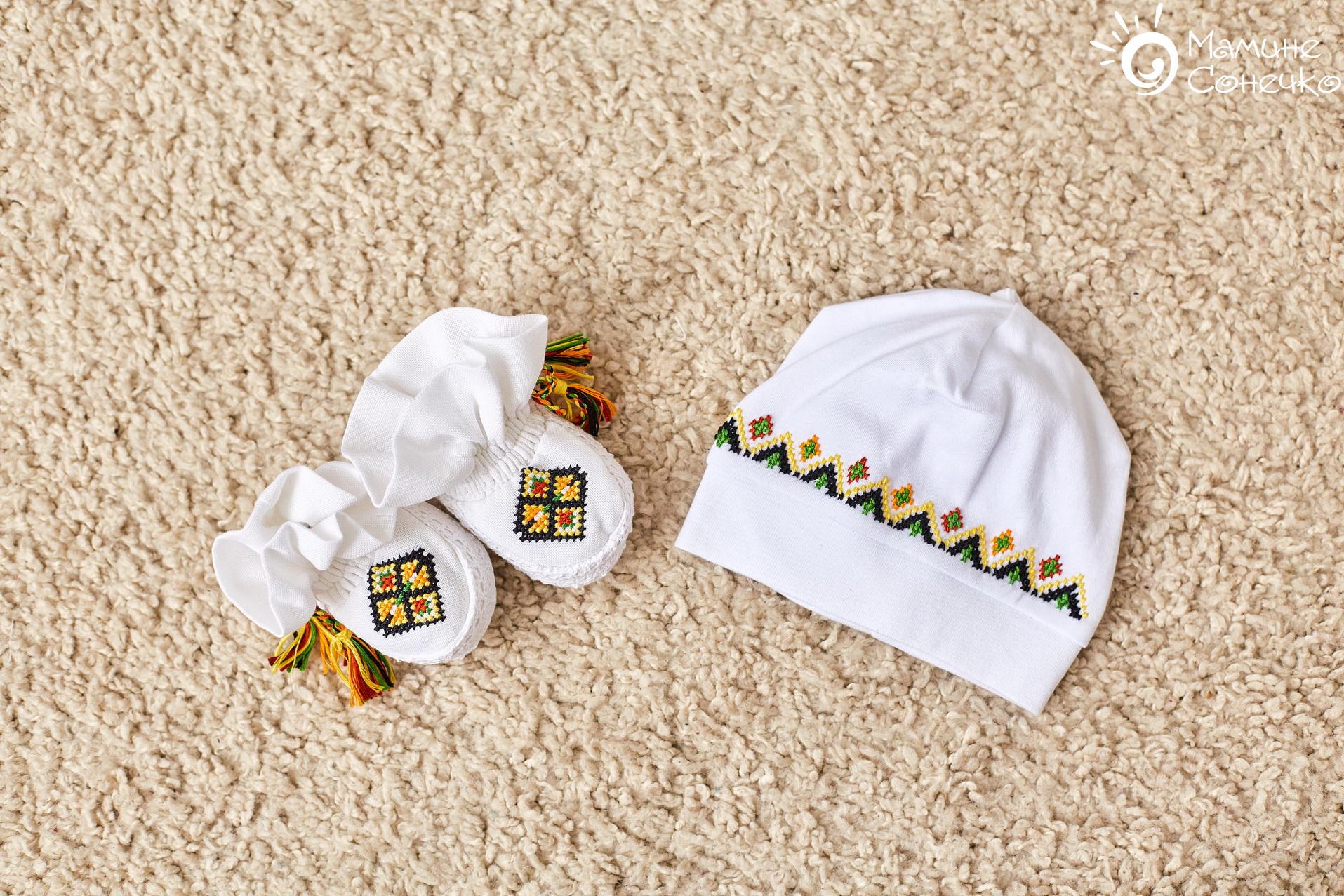 набір шапка і пінетки